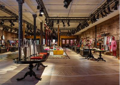 Рианна, Джаред Лето, Сальма Хайек и другие на открытии бутика Gucci в Нью-Йорке (галерея 1, фото 1)
