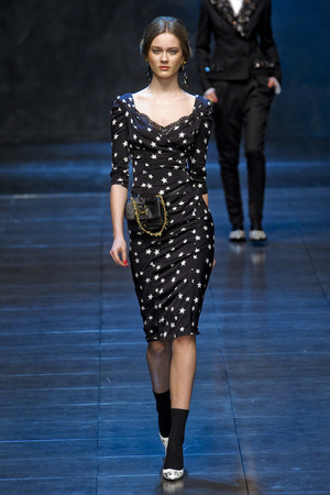 Показ Dolce & Gabbana коллекции сезона Осень-зима 2011-2012 года prêt-à-porter - www.elle.ru - Подиум - фото 246933