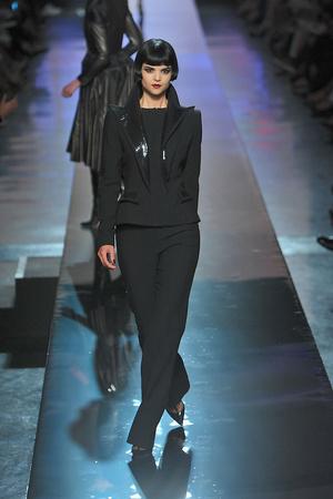 Показ Jean Paul Gaultier коллекции сезона Осень-зима 2009-2010 года Haute couture - www.elle.ru - Подиум - фото 87942