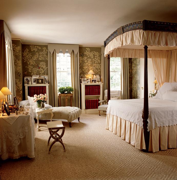 Серебристая спальня