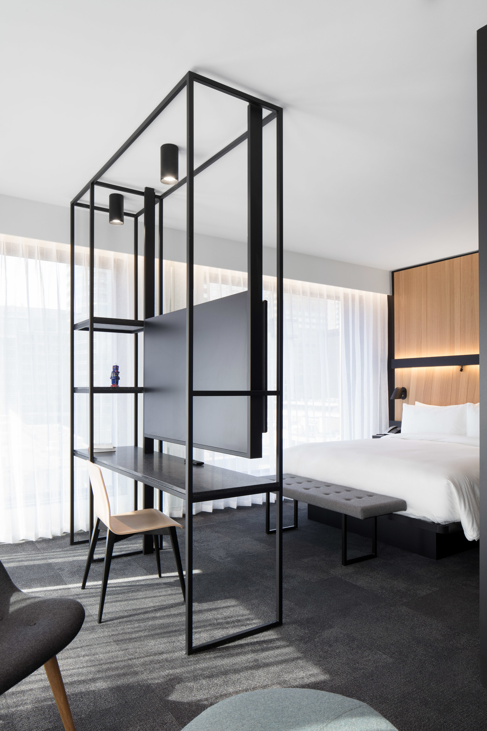 Montreal's Hotel Monville by ACDF Architecture features strict palette (галерея 7, фото 2)