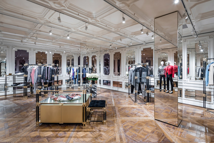 Флагманский бутик Balmain в Париже (фото 11)