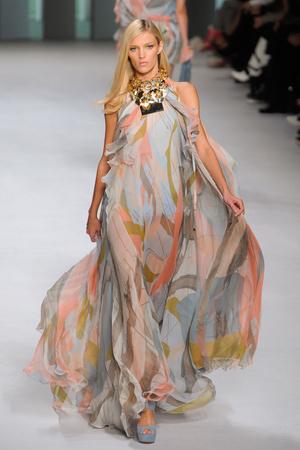 Показы мод Elie Saab Весна-лето 2011 | Подиум на ELLE - Подиум - фото 2470