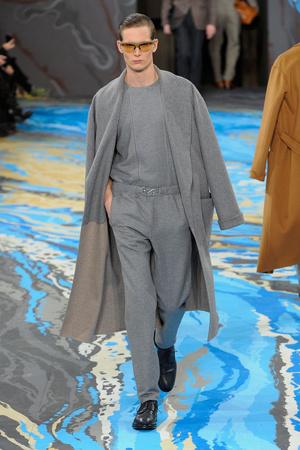 Показ Louis Vuitton коллекции сезона Осень-зима 2014-2015 года Men prêt-à-porter - www.elle.ru - Подиум - фото 573751