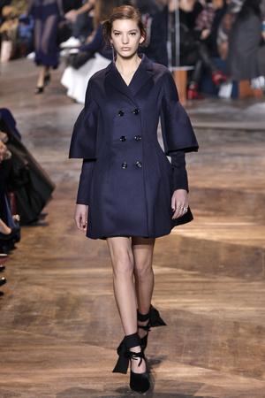Показ CHRISTIAN DIOR коллекции сезона Весна-лето  2016 года Haute couture - www.elle.ru - Подиум - фото 602658