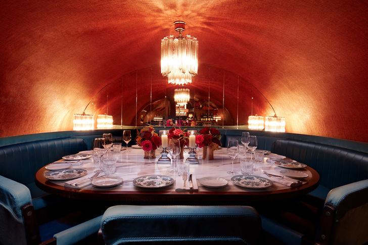 Лондонский бар Gymkhana в колониальном стиле (фото 10)