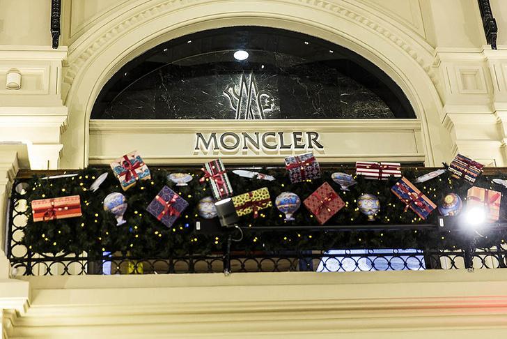 Елена Перминова, Даша Жукова и другие звезды на открытии бутика Moncler в ГУМе фото [4]