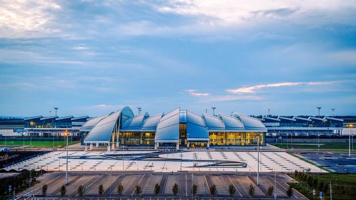 Новый аэропорт в Ростове-на-Дону (фото 0)