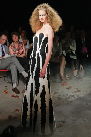 Показ Franc Sorbier коллекции сезона Осень-зима 2010-2011 года Haute couture - www.elle.ru - Подиум - фото 168083