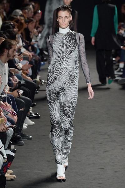 Неделя моды в Париже: день третий | галерея [2] фото [1]