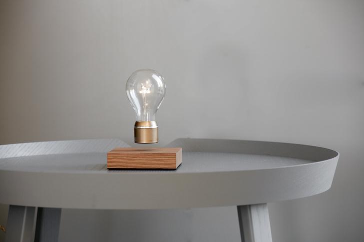 Левитирующая лампочка Flyte (фото 1)