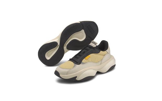 Dad sneakers: с чем сочетать самые модные кроссовки (фото 13)
