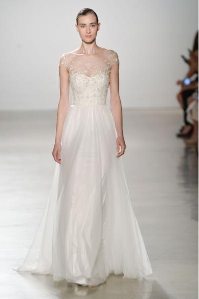 50 самых красивых платьев со Свадебной Недели Моды в Нью-Йорке | галерея [1] фото [45]
