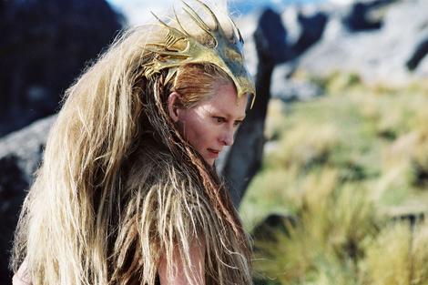 Тильда Суинтон изменилась до неузнаваемости ради новой роли | галерея [1] фото [2]