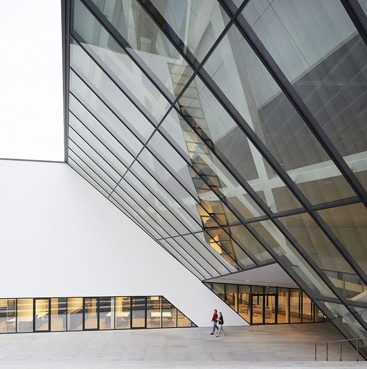 Музей по проекту Даниэля Либескинда в Вильнюсе (фото 9)