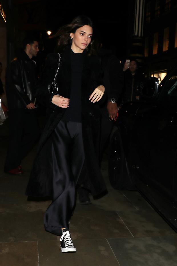 Самые модные брюки будущего сезона, как у Кендалл Дженнер (фото 1)