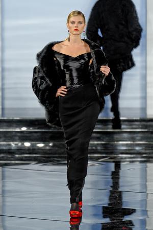 Показ Ralph Lauren коллекции сезона Осень-зима 2011-2012 года prêt-à-porter - www.elle.ru - Подиум - фото 235273