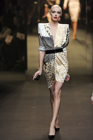 Показ Alexander Vauthier коллекции сезона Весна-лето 2011 года Haute couture - www.elle.ru - Подиум - фото 214913