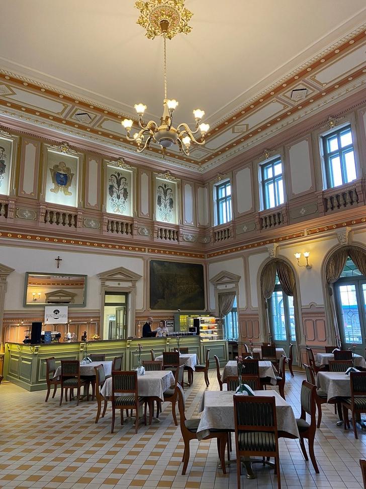 «Жемчужина Пшемысля»: ресторан в здании вокзала в Польше (фото 7)