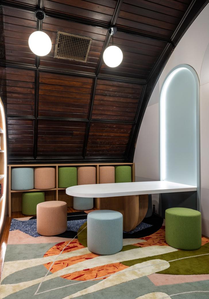 Яркая детская библиотека в Нью-Йорке (фото 6)
