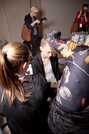 Показ Simone Rocha коллекции сезона Осень-зима 2012-2013 года prêt-à-porter - www.elle.ru - Подиум - фото 352911