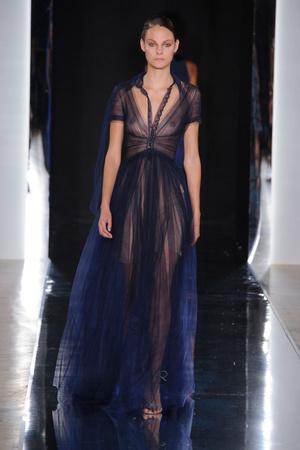 Показы мод Valentin Yudashkin Весна-лето  2017 | Подиум на ELLE - Подиум - фото 4732