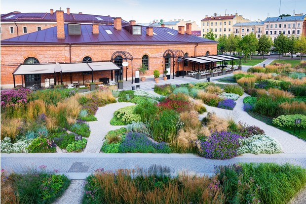 Многая лета: сад трав в Санкт-Петербуре по проекту бюро «Мох» (фото 3)