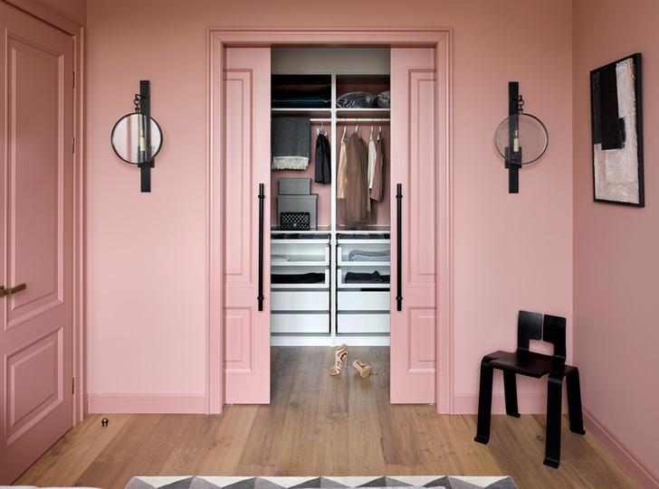 Цветные двери в интерьере: 5 советов (фото 12)