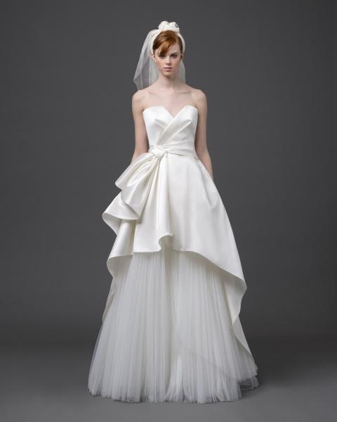 Alberta Ferretti представила свадебную коллекцию Forever