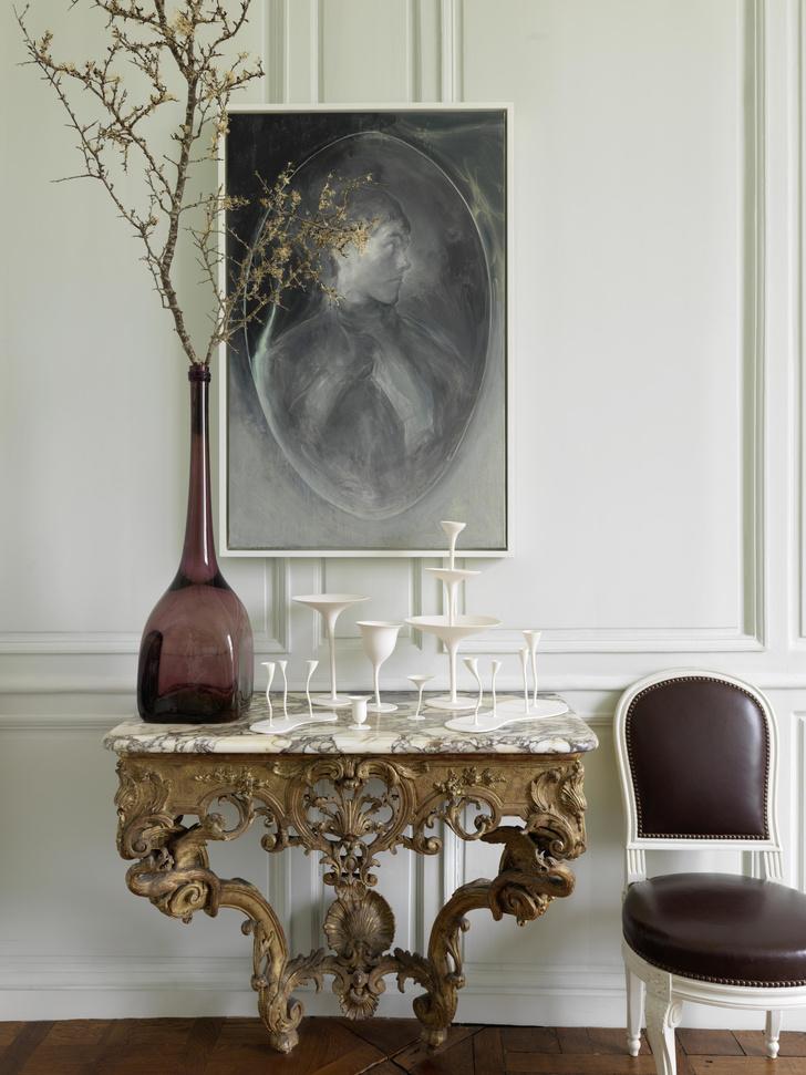Редкий вид: парижская квартира Эрве ван дер Стратена и Бруно Фризони (фото 1)