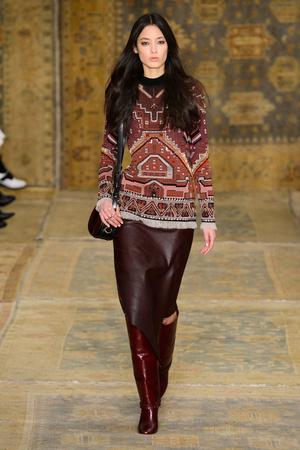 Показы мод Tory Burch Осень-зима 2015-2016 | Подиум на ELLE - Подиум - фото 4258
