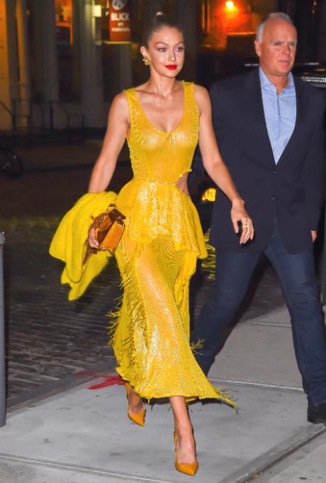 джиджи хадид фото желтый платье