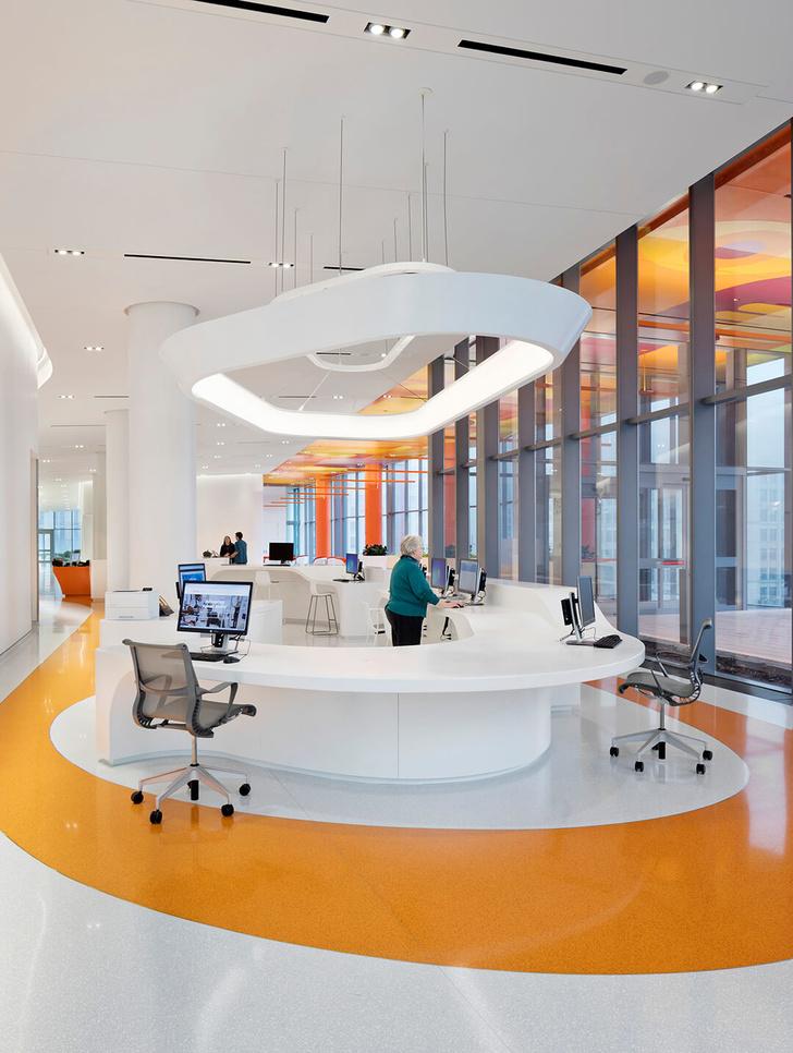 Яркая больница в Чикаго лечит дизайном (фото 16)