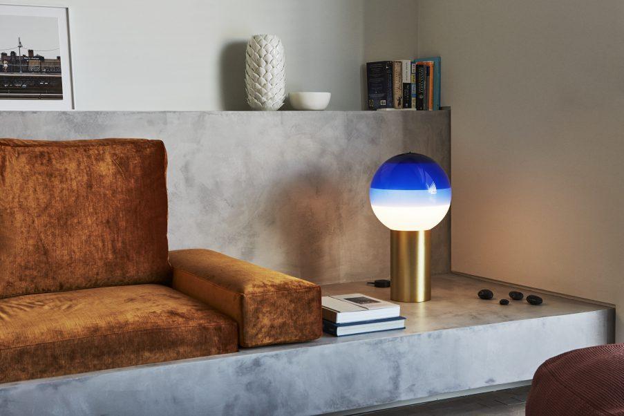 Лампы с градиентом Dipping Light от Marset (галерея 4, фото 0)