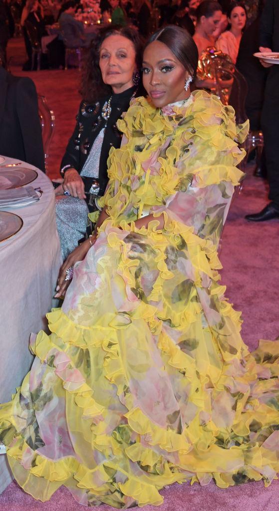 Шелк, кружево и ослепительные бриллианты: супермодели на модной премии в Катаре (фото 2)