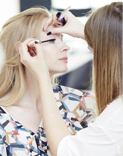 Star Trends: Светлана Ходченкова в модных бьюти-образах нового сезона | галерея [3] фото [2]