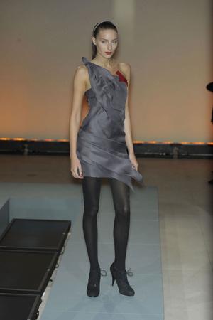 Показ Vivienne Tam коллекции сезона Осень-зима 2010-2011 года prêt-à-porter - www.elle.ru - Подиум - фото 144403