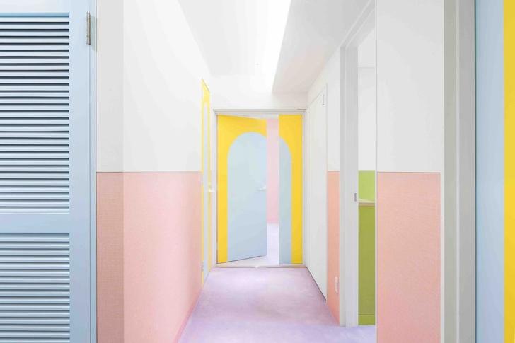 Все цвета радуги: квартира 160 м² в Токио (фото 2)