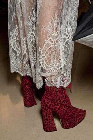 Показ Vivienne Westwood коллекции сезона Весна-лето 2014 года Prêt-à-porter - www.elle.ru - Подиум - фото 569329