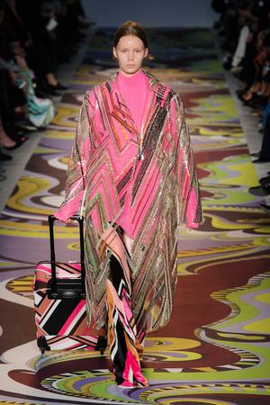 Показы мод Emilio Pucci Осень-зима 2017-2018 | Подиум на ELLE - Подиум - фото 4867