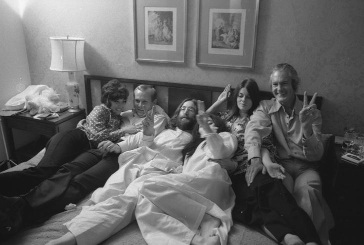 «В постели за мир»: 50-летие акции Джона Леннона и Йоко Оно в отеле Fairmont (фото 4)