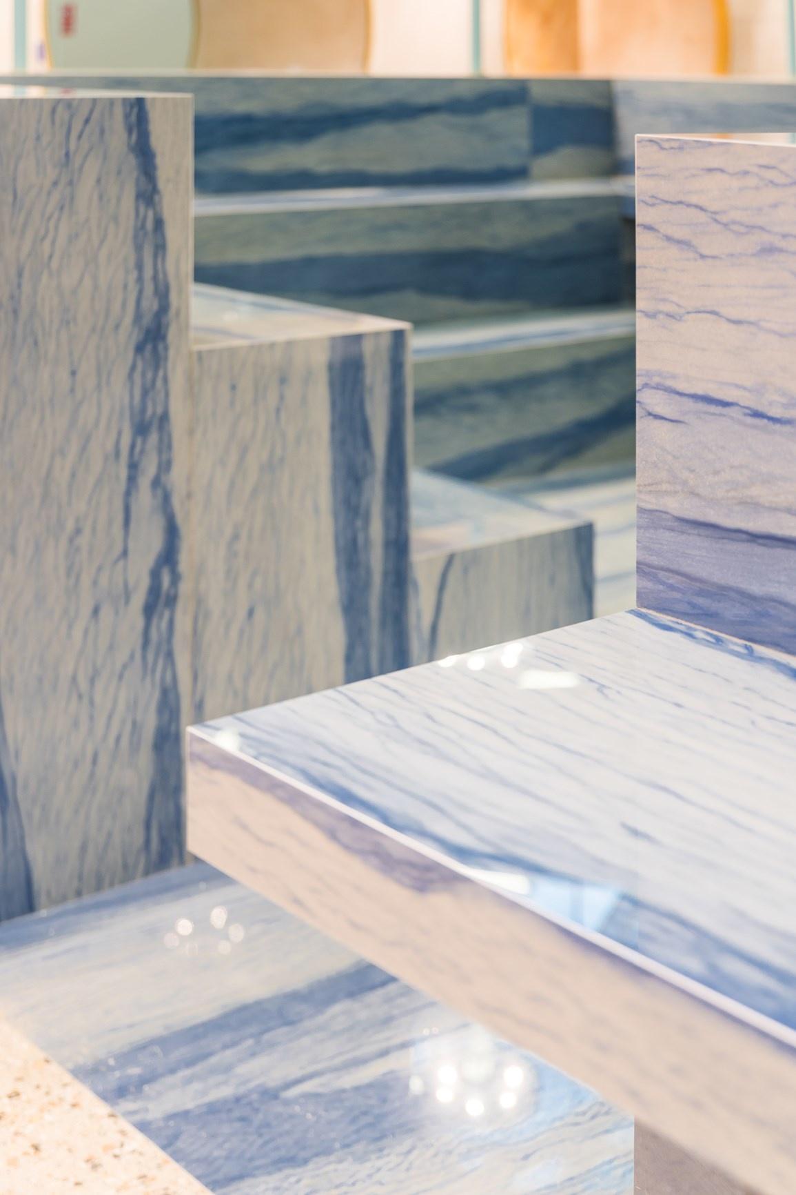 15 новинок выставки Cersaie, которые выглядят как произведения искусства (галерея 6, фото 1)