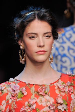 Показ Dolce & Gabbana коллекции сезона Весна-лето 2014 года prêt-à-porter - www.elle.ru - Подиум - фото 566307