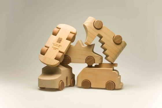 Знаменитые деревянные машинки TobeUs в Москве   галерея [1] фото [4]