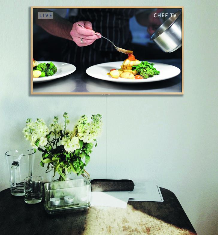 Телевизор - картина Samsung The Frame — искусство в интерьере фото [9]