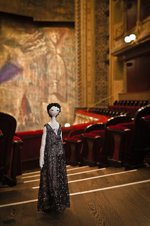 Кукла от Christian Dior