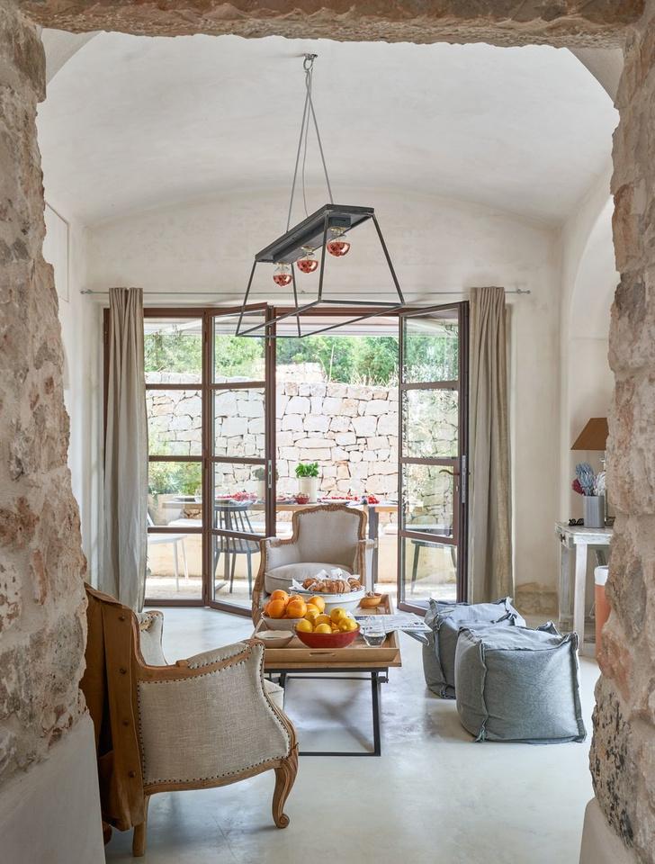 Старинный дом-трулло для модной римлянки в Апулии (фото 2)
