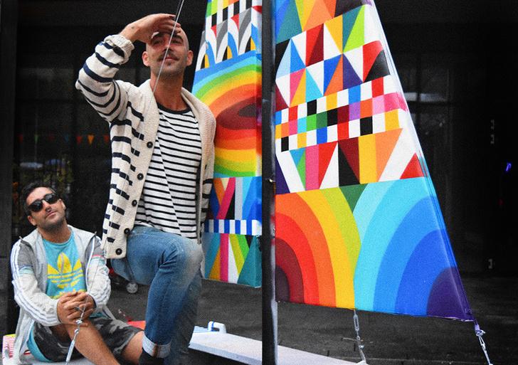 Испанские стрит-арт художники создали скульптуру на одной из улиц Москвы