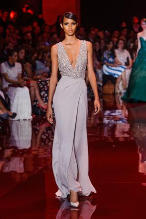 Показ Elie Saab коллекции сезона Осень-зима 2013-2014 года Haute couture - www.elle.ru - Подиум - фото 556196