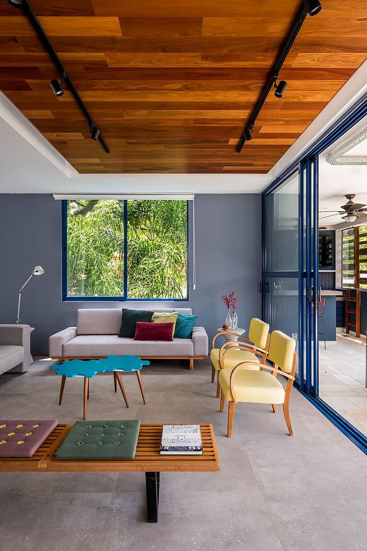 Яркий дом для отдыха на выходных в Сан-Паулу (фото 4)